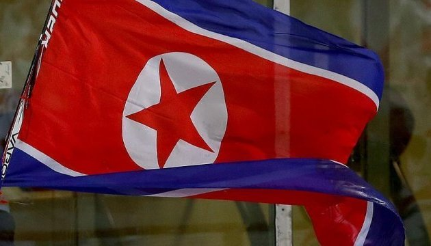 كوريا الشمالية تطلق فوجاً جديداً من صواريخ السكك الحديدية