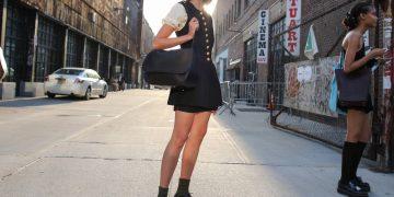 لا أحد يرتدي اللون الأسود أفضل من سكان نيويورك