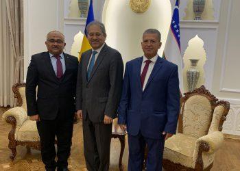 محمد العُطي يلتقي سفير اوزبكستان لدى اوكرانيا