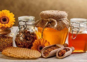 مهرجان العسل والشاي العشبي في تشيرنيفتسي