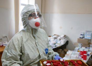 8267 حالة إصابة بفيروس كورونا في أوكرانيا يوميًا